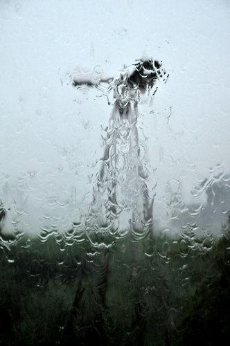 豪雨2wb.jpg