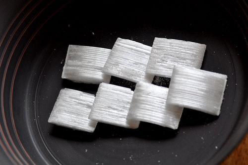 霜柱(菓子)wb.jpg